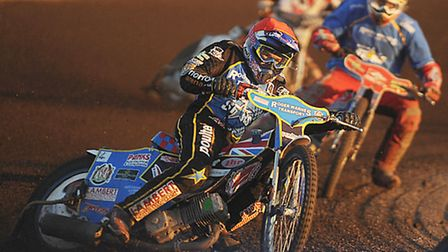 Robert Lambert will lead the charge in Friday's top-of-the-table Elite League battle at Lakeside. Pi