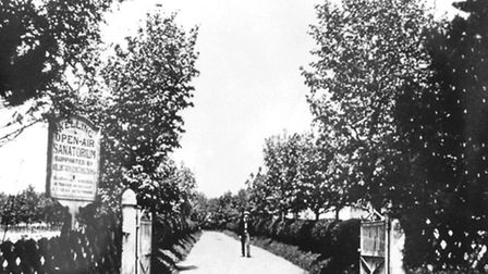 The entrance to Kelling Sanatorium in the 1900s.