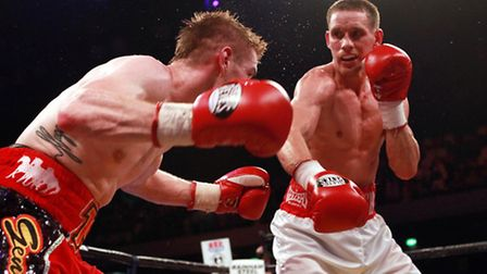 Liam Walsh (left) and Joe Murray in action during the Commonwealth & Vacant IBF International Super-