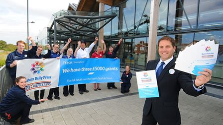 Sheringham Tesco Helping Hands scheme. Store manager Simon Nellis with some of his staff.Picture: AN