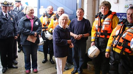 Audrey Skipper (centre ) former landlady of The Hall Inn, who helped found Sea Palling's first indep