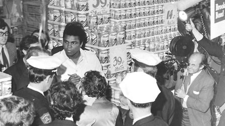 Muhammed Ali, the greatest boxer in the world, signed autographs and met the public in the supermark