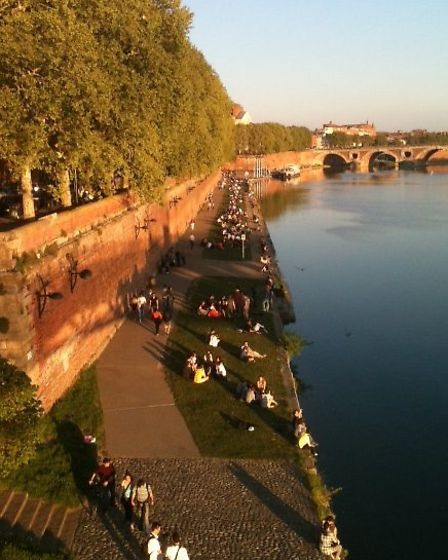 A view over the River Garonne