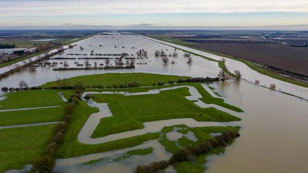 Consistant Heavy flooding in fenland has uncovered a 17th Century English Civil War Fort.. The Earit