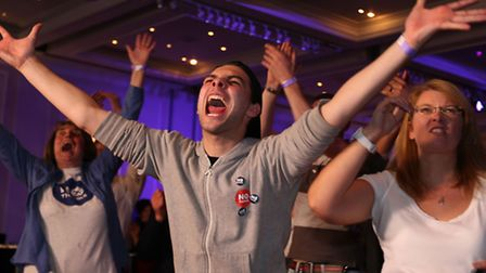 No supporters react at The Marriot in Glasgow.PRESS ASSOCIATION Photo. Picture date: Friday Septembe