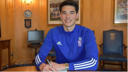 Elkan Baggott has signed a professional contract with Ipswich Town