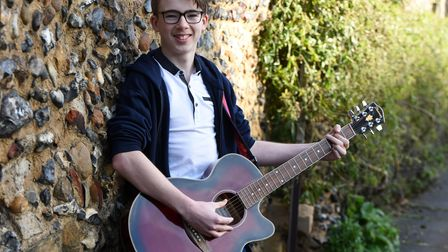 Talented musician Aaron Sweeney has recently released his debut EP Picture: CHA