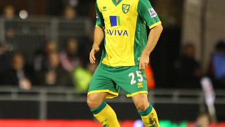 Former Norwich City midfielder David Fox has agreed a short term return to League One Colchester Uni