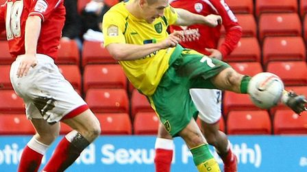 Ex-Norwich City midfielder Andrew Crofts has suffered another cruciate knee injury at Brighton. Pic