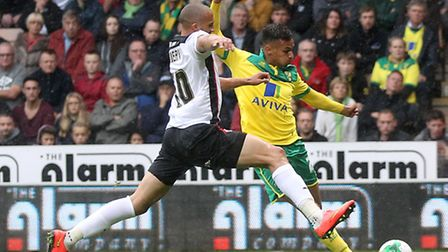 Norwich City midfielder Josh Murphy has pulled out of England duty this week to rest a heel complain