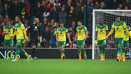 The Norwich City players following Reading's second goal. Picture: Paul Chesterton/Focus Images
