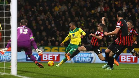 Norwich City striker Lewis Grabban is denied by Brighton keeper David Stockdale. Picture by Paul Che