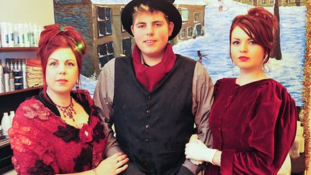Victorian Christmas evening in Loddon.Justine Starling, Ben Starling and Elishia Revell.