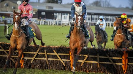 Action from the 22nd January meeting at Fakenham Races - 3.00 fourth race - Sweet Summer and Tambura
