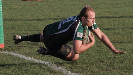 Matt Oakes scores a try for North Walsham at Romford. Picture: Hywel Jones