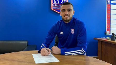 Troy Parrott has signed on loan for Ipswich Town until the end of the season