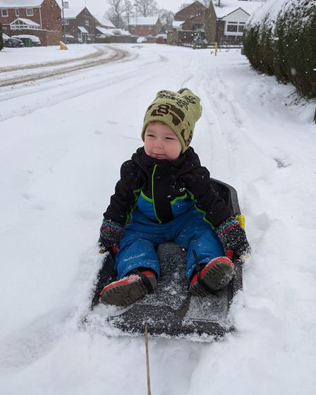 Thomas' first time in 'proper snow'