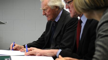 Michael Heseltine at Easton & Otley College to look at the progression of their new construction cen