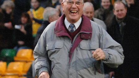 Former Norwich City hall of famer Roy McCrohan has died, the club announced on Wednesday evening. Ph