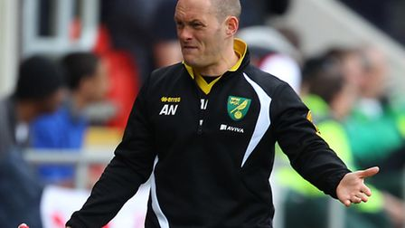 Norwich manager Alex Neil is not relying on any favours from promotion rivals Bournemouth on Monday