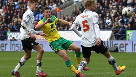 Norwich City midfielder Jonny Howson makes his first playing return to Leeds on Tuesday. Picture by