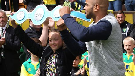 Leon McKenzie before the Sky Bet Championship match at Carrow Road, Norwich. Picture by Paul Chester