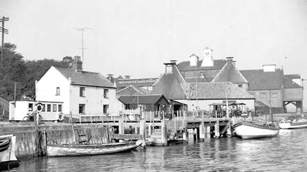PLACES WELLS QUAYSIDE WITH WATNEYS MALTINGS IN THE BACKGROUND DATED 1959 PLATE P6167