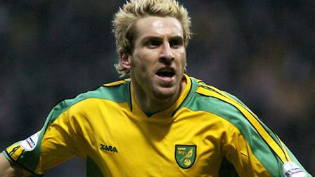 Former Norwich City stalwart Darren Huckerby will take charge of the club's Under-16s academy squad