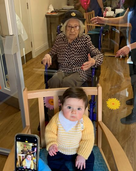 Kity was able to meet her great-great-grandnephew behind a Covid-secure screen at her care home.