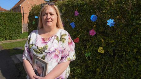 Jo Sheldrake, from Hadleigh, has created a memorial hedge in memory of her dad who died from COVID-1