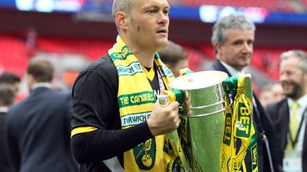 Norwich manager Alex Neil with the trophy at the end of the Sky Bet Championship play-off final at W