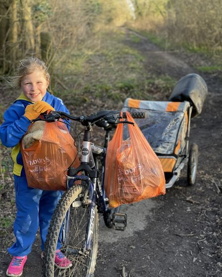 Alexa Bacon has walked more than 130 miles in her quest to pick up litter