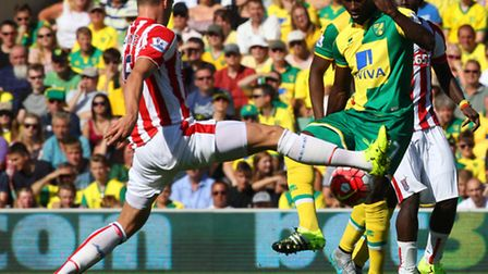 Alex Tettey's best work is often done without the ball. Picture: PAUL CHESTERTON/FOCUS IMAGES