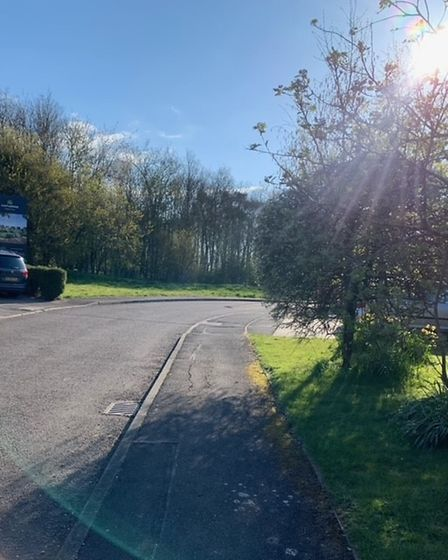 The access road for the proposed Haddenham development be built off Metcalfe Way