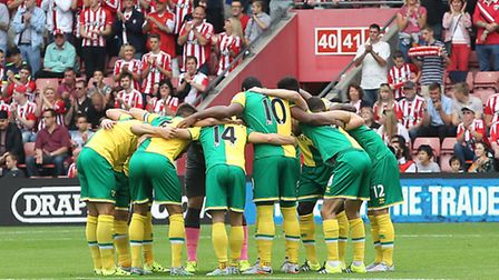The Norwich City players in the pre-match huddle at Southampton. Picture by Paul Chesterton/Focus Im