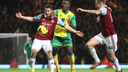 Alex Tettey battles with Matt Jarvis and Matt Taylor the last time Norwich City played at West Ham i