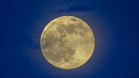 'Full moon photos just remind me of an advert for Jaffa cakes! Great photo!'