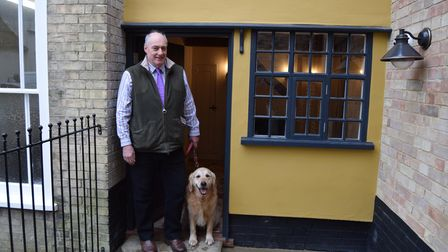 Stephen Salter, co-founder of Saxmundham-based Salters Pet Nutrition and his golden retriever