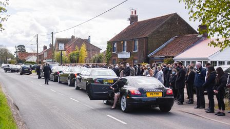 Lee Calton's funeral procession stopped outside The Swan Inn in South Wootton, for mourners to pay t