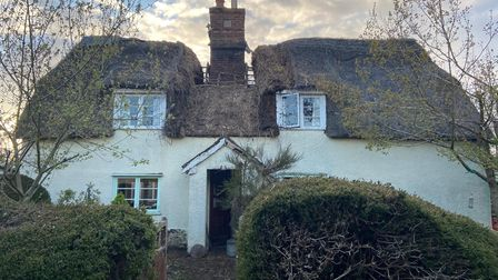Hundon thatched roof fire