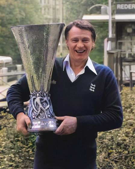 Bobby Robson with UEFA Cup