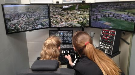 Learn to fly with the help of Sim2do's pilot training course in Mildenhall