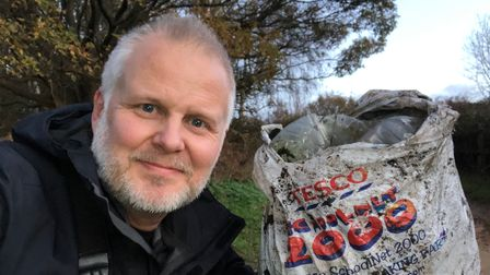 Jason Alexander is the founder of Rubbish Walks and encourages people to get involved in litter picking