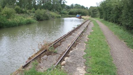 Grand Union Canal: former sand quarry line at Leighton Buzzard