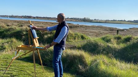 Artist Christopher Humphries painting by the River Deben in Suffolk
