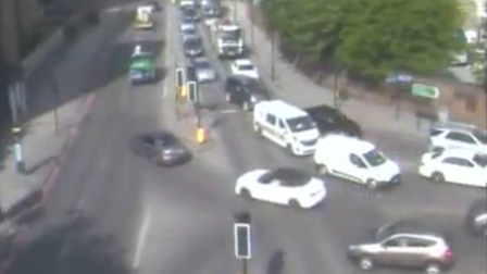 Traffic cam of the Limehouse Tunnel and Butcher Row junction
