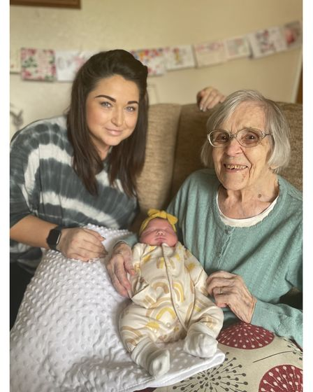 Sarah Brown with new baby Rayn Rose meeting her great-great-grandmother, Edith Stannard, in Hacheston