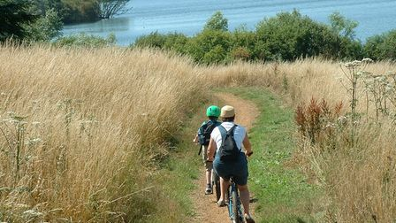 Cyclists at Alton Water