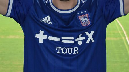 Lee Evans signs for Ipswich Town
