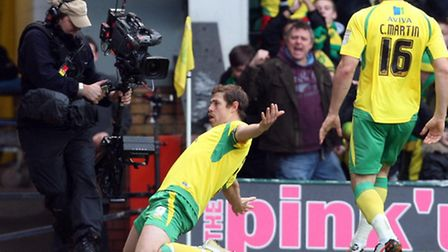 Canaries legend Grant Holt will be at Sunday's book launch.